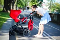 Прогулки на свежем воздухе – залог крепкого здоровья малыша